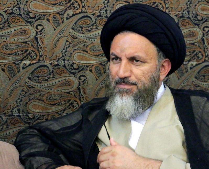 آیت الله ملک حسینی: آیتالله رئیسی انسانی پاک، شایسته و تشکیلاتی بوده که جسارت  بسیار بزرگی دارد